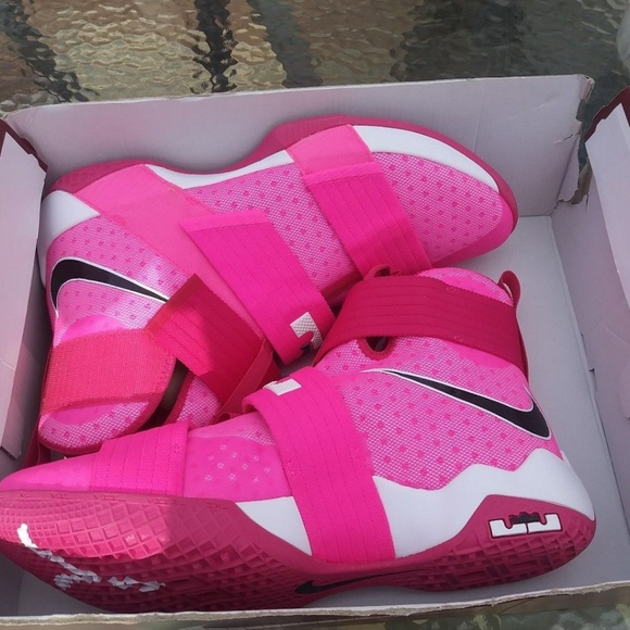 cheaper 4fe4c d6097 where to buy nike lebron soldier 10 breast cancer 9 1ad5d 0b804